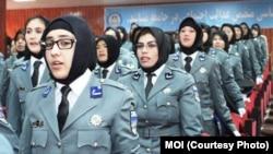 درحال حاضر درحدود سه هزار پولیس زن درنقاط مختلف افغانستان در صفوف پولیس مصروف خدمت هستند