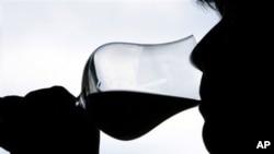 洋酒在中国被看成是高贵、有品味的身份象征