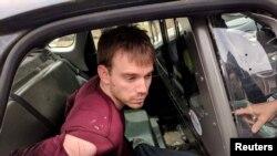 田纳西州纳什维尔华夫饼屋枪击命案嫌疑人特拉维斯.雷恩金被纳什维尔附近的安提俄克的一处树林地带被警方抓获。(2018年4月23日)