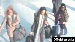 Las tres jóvenes aboradron un vuelo a Estambul el pasado martes desde el aeropuerto londinense de Gatwick.