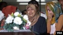 خویشاوندان قربانیان حادثه هواپیمایی ایرایشیا