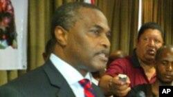 Abel Chivukuvuku, líder da CASA