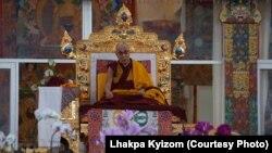 Dalai Lama Begins Preliminary Teachings of 34th Kalachakra Initiations
