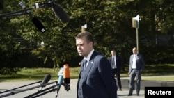 Министр иностранных дел Эстонии Урмас Рейнсалу (архивное фото)
