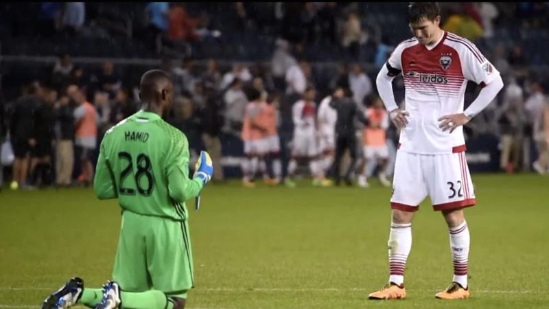 Kiper Muslim di DC United Seimbangkan Iman dan Sepak Bola