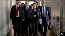 Predstavnici sirijske opozicije stižu na jedan od sastanaka u Ženevi