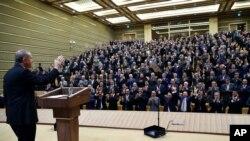 Turkish President Recep Tayyip Erdogan addresses a meeting of local administrators at his palace in Ankara, Turkey, Nov. 4, 2015.