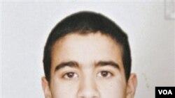 Foto dokumentasi Omar Khadr tahun 2002, sebelum ditahan di Guantanamo, saat berusia 15 tahun.