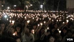 香港2012年六四燭光晚會(美國之音記者譚嘉琪拍攝)