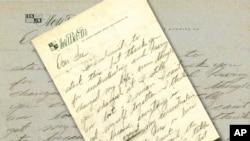 Una carta manuscrita por Marilyn Monroe a su maestro de actuación, Lee Strasbert, con pensamientos suicidas es uno de los objetos que entran en la subasta.
