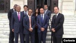 La delegación incluyó inversores en los sectores turístico, manufacturero y de transporte. [Foto: OEA]