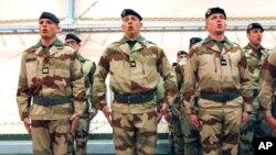 ფრანგი ჯარისკაცები მალიში