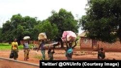 Des personnes fuyant les zones de violences en Centrafrique, 26 septembre 2017. (Twitter/ @ONUinfo)