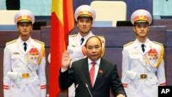Tư liệu - Thủ tướng Việt Nam ông Nguyễn Xuân Phúc.