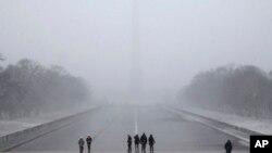 Snegom zavejani Vašington