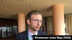 Un expert de ONU-SPIDER à Yaoundé, au Cameroun, le 23 juillet 2019. (VOA/Emmanuel Jules Ntap)