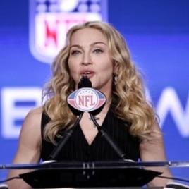 Super Bowl Caps Football Season Dogged by Prayer Controversy
