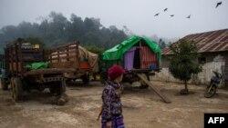 ရွမ္းျပည္နယ္ရွိ ယာယီစစ္ေရွာင္စခန္းတခုမွာ ေတြ႔ရတဲ့ အမ်ိဳးသမီးတဦး။ (ဇန္နဝါရီ ၁၃၊ ၂၀၁၉)