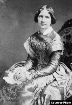 Jenny Lind is said to have sung like a bird. Or squawked like one, depending on one interpretation of the inspiration for the naming of Jenny Lind, California. (Wikipedia Commons)