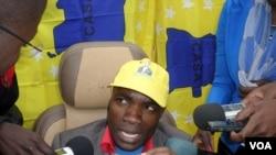 Deputado da CASA solidariza-se com colega da UNITA - 1:47