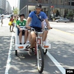 Bicikli taksiji postaju sve popularniji način prevoza.