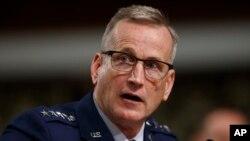 Tư liệu - Tướng Không quân Terrence O'Shaughnessy phát biểu trong một phiên điều trần trước Ủy ban Quân vụ Thượng viện trong Điện Capitol ở Washington, ngày 17 tháng 4, 2018.