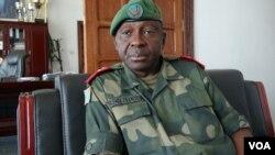 Le Général François Olenga