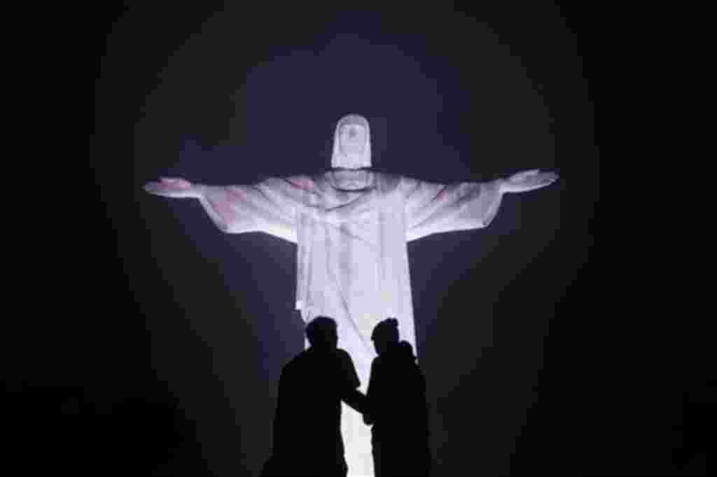 El Cristo Redentor, en Rio de Janeiro, fue denominada una de las siete nuevas maravillas del mundo por la Unesco.