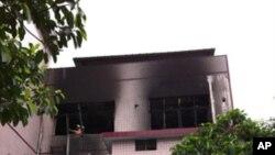 被火烧过的大墩村治安队的楼