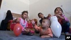 بیش از ۲۰۰۰ مکتب در یمن به روی شاگردان مسدود شده و به پناهگاه بیجا شدهگان مبدل شده است