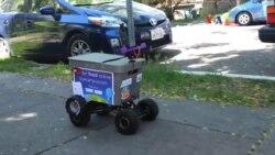 Kiwibot lleva tu comida a domicilio
