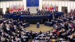 希臘承諾削減開支提高稅率
