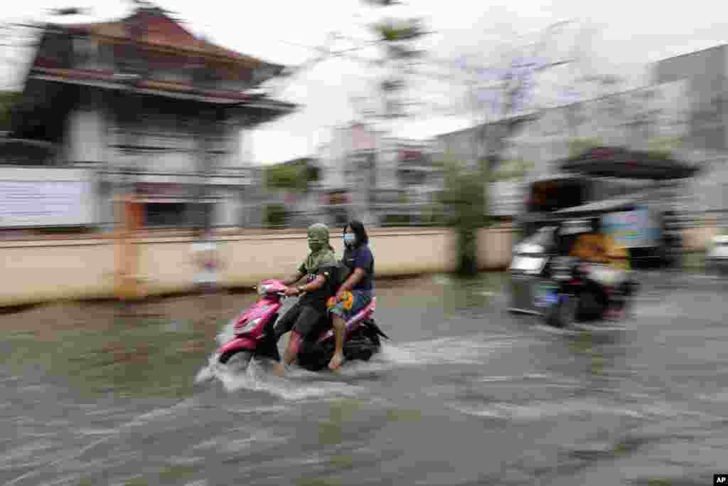 وقوع یک طوفان شدید در شمال فیلیپین، هزاران نفر را مجبور به فرار به مناطق امن کرده است.