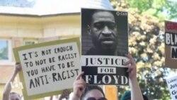 Affaire George Floyd: des policiers tentent de renouer la confiance avec les Noirs