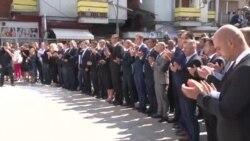 Vučić u Severnoj Mitrovici: Nismo ni blizu rešenja