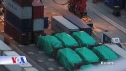 Xe chở binh lính của Singapore bị Bắc Kinh chặn giữ ở Hong Kong