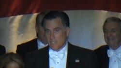 奧巴馬和羅姆尼在慈善晚宴上相互調侃