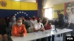 El dirigente opositor venezolano Freddy Guevara durante una conferencia de prensa en Caracas, el 31 de agosto de 2021. [Foto: VOA/Álvaro Algarra]