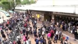2015-03-08 美國之音視頻新聞: 香港網民週日繼續抗議水貨客