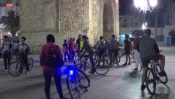 Le couvre-feu covid à Tunis fait des heureux parmi les cyclistes