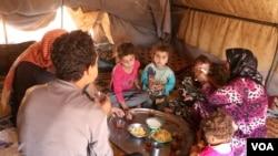 Dîmeneke ji rewşa xelkê li Sûrîyê