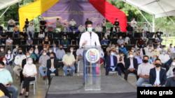 El presidente encargado de Venezuela Juan Guaidó habla un acto en Caracas, Venezuela. Septiembre, 7 2020.