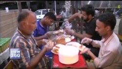 رمضان میں پاکستان کے عوامی مقامات پر افطار اور سحر
