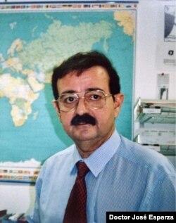 José Esparza, es un experto reconocido internacionalmente en el desarrollo de vacunas virales, VIH / SIDA, infecciones virales emergentes y salud mundial.