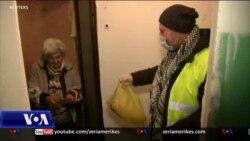 """""""Ushtria"""" botërore e vullnetarëve mobilizohet kundër koronavirusit"""