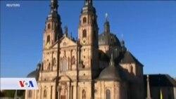 Katolička crkva pred izazovom. Skandali seksualnih zlostavljanja potresaju više zemalja