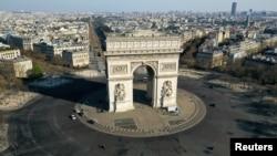 Kolanên Parîsê jiber korona vala ne