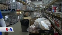 Dar Gelirliler Şükran Günü İçin Gıda Bankalarından Yardım Alıyor