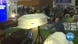 รัสเซียจัดงานแสดงสินค้างานศพ
