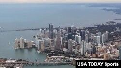 Gran parte de esa riqueza supuestamente ilegal sacada de Venezuela ha ido a parar al floreciente mercado de las viviendas de lujo en Miami.